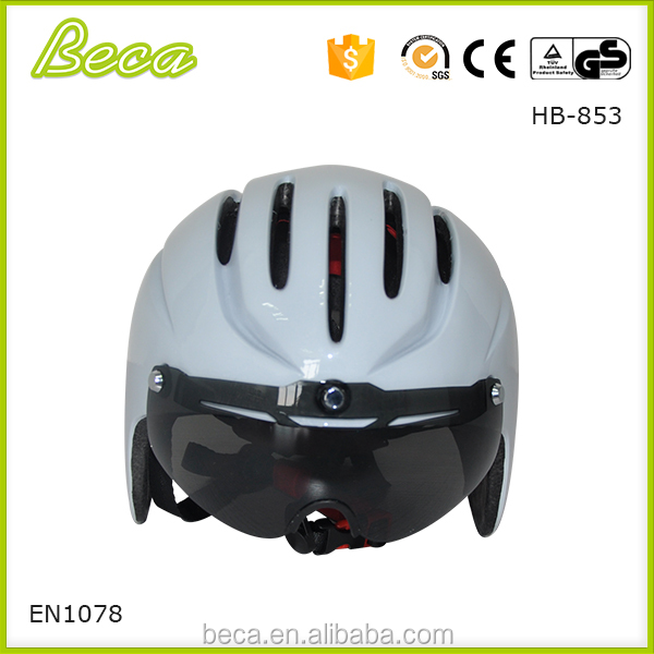 Fashion bicycle helmet cheap price with durable sun smoke visor