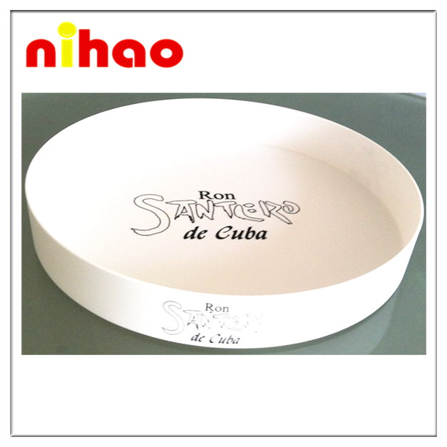 Plastic food serving tray