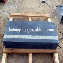 China nature blue limestone steps with bush hammered line cheap prices