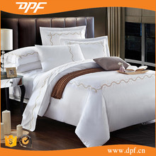 Hotel Collection CRISP WHITE KING DUVET COVER 3pc SET 100% COTTON GOLD SCROLL