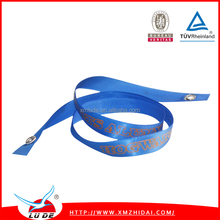 Lude wholesale ribbon wristband,woven textile wristband,fabric keychain for big events