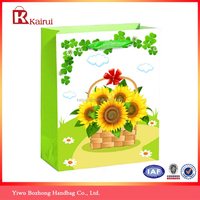 White cardboard 4C printing sunflower paper gift bags