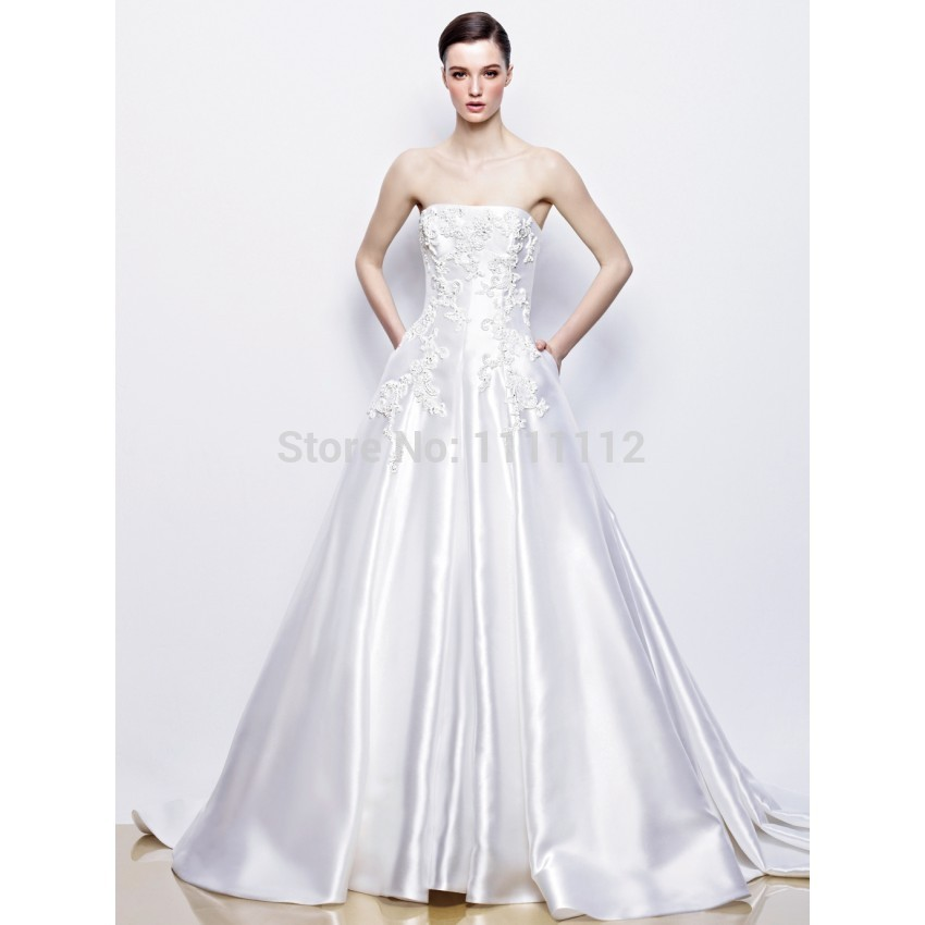 2015 Simple Elegant A-Line Strapless Lace Brush Train Satin Wedding Dresses in stock women