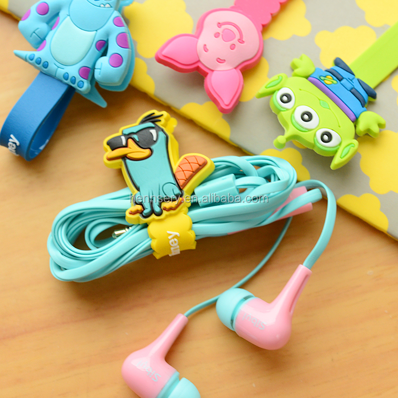 customized shape and logo soft pvc rubber cute earbud cable winder
