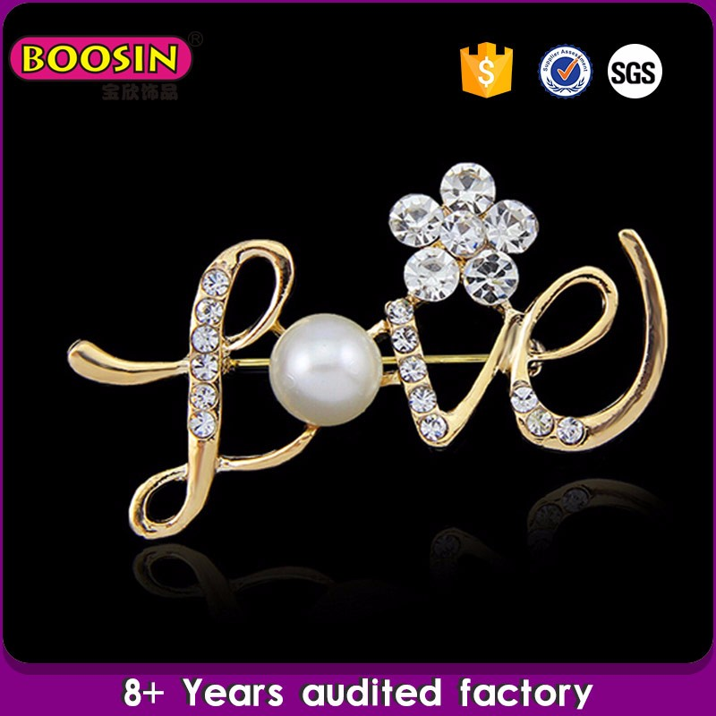 Factory wholesale custom letter rhinestone brooch pins,rhinestone brooch for wedding invitations brooch pins