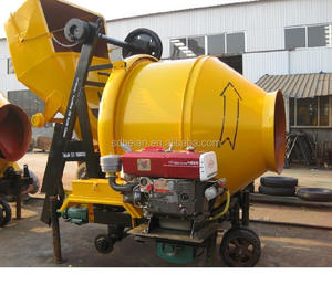 Hot sale mobile diesel concrete mixer with good price and quality