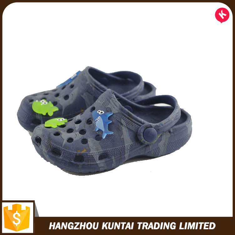 High quality durable using various garden clog shoes