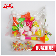 581201610High Quality Retractable Plastic Toy Horn With Sweet Candy
