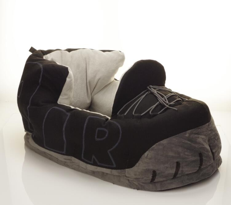 Eco Friendly soft plush shoes dog bed slipper shaped pet bed animal horse