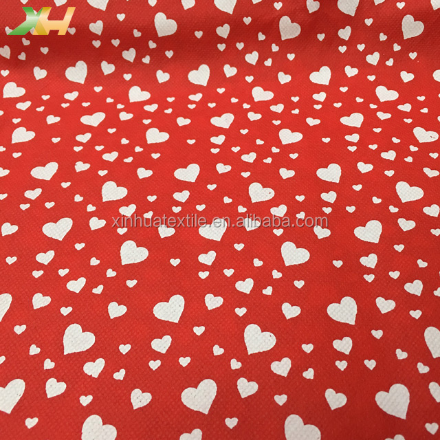 Valentine's Day Hot Selling Lovely White Heart Printed Nonwoven Fabric 60Gram TNT Nonwoven Fabric for Flower Packing