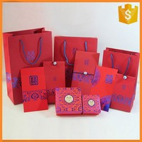 Customized color printed wedding paper bag for wedding gift