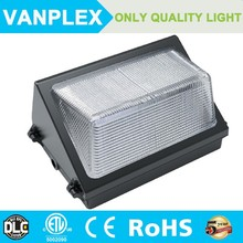 Precision die cast aluminum housing 60w led wall pack light