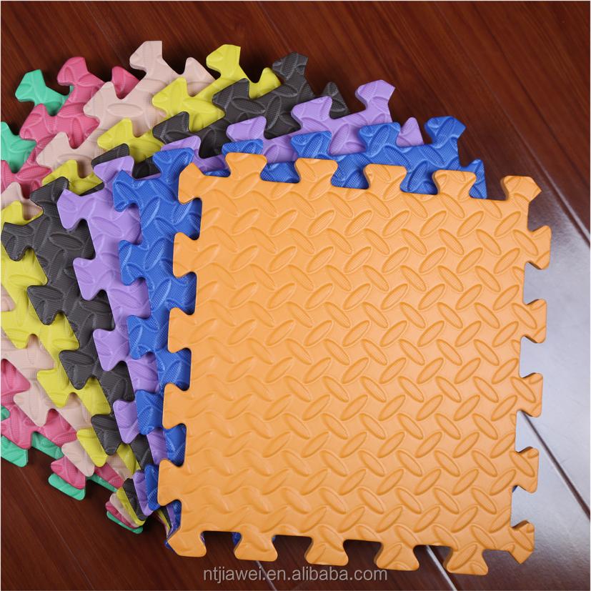Foam puzzle floor tiles