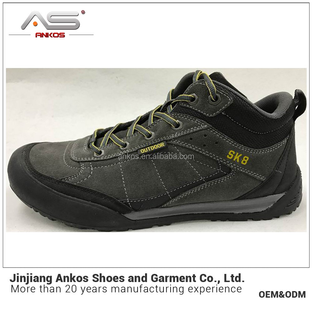 2017 new sample wholesale cheap Anti-fur hiking shoe with waterproof
