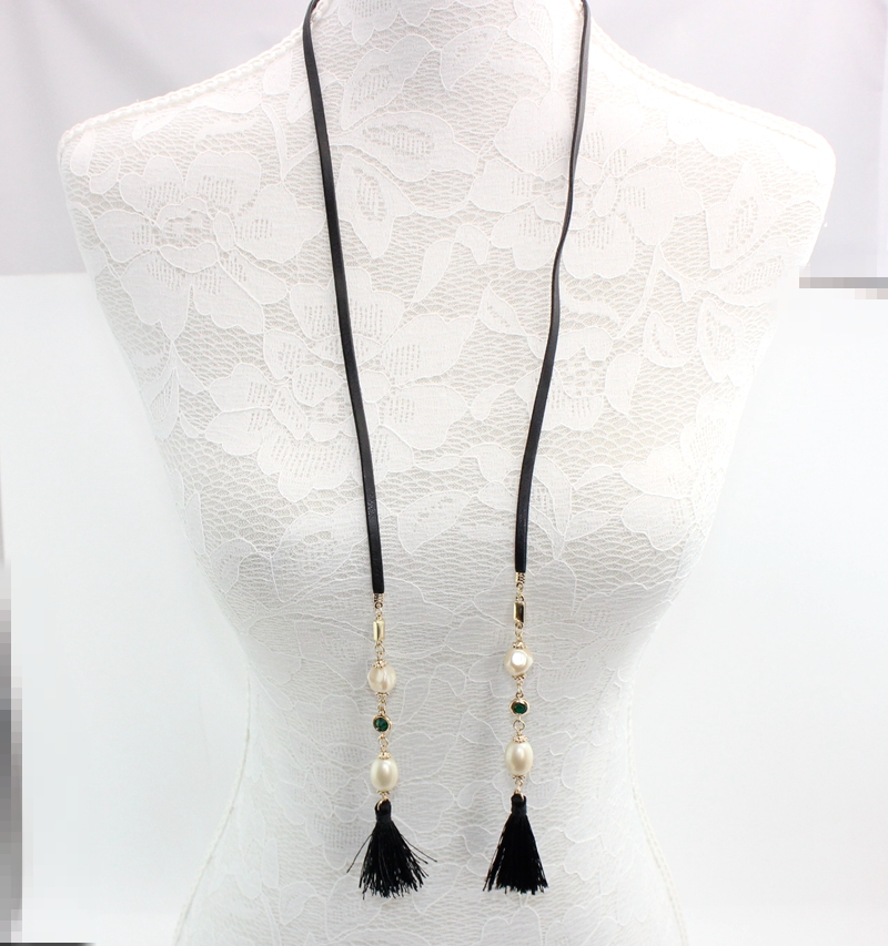 Perimeter 98 cm 19 g Extra Long Pearl Tassel Black Leather Cord Layering Necklace