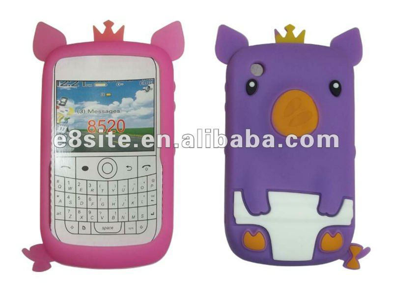 For BlackBerry 8520 Curve Crown Pig Animal Silicone Case