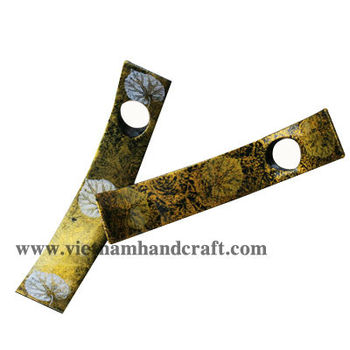 Eco-friendly handpainted vietnamese lacquered wine bottle holder