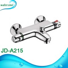 thermostatic water flow control hot and cold water mixing valve