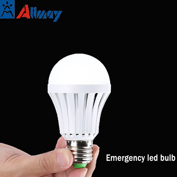 China Energy saving 5 hours rechargeable led emergency light bulb E27 CE ROHS approved 5W 7W