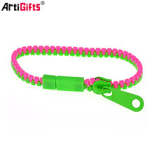 Wholesale custom fashion colorful zipper plastic bracelets bangle