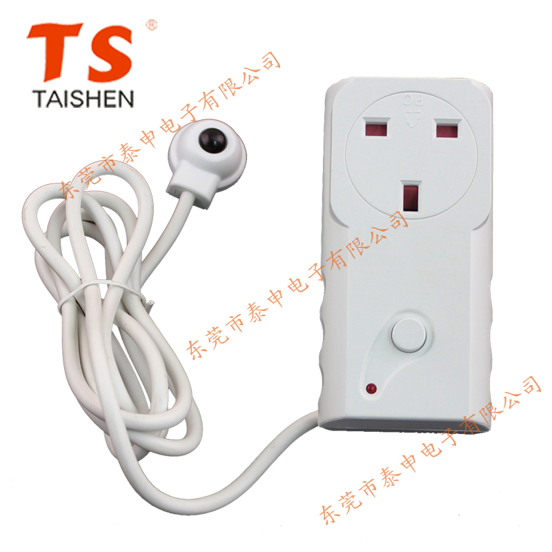 British lightning protection and overload power outlet TV protection socket standby killer power converter
