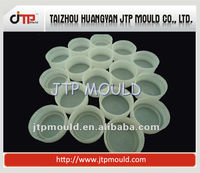 2013 New Products Plastic Bottle Cap Injection Moulding Manufacturer