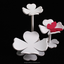 best acrylic display innovative flower-shaped acrylic jewelry hanger, acrylic bracelet display for multi purpose