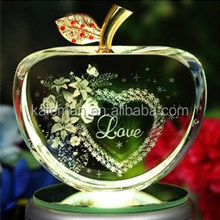 New Design 3D laser crystal apple wedding gift