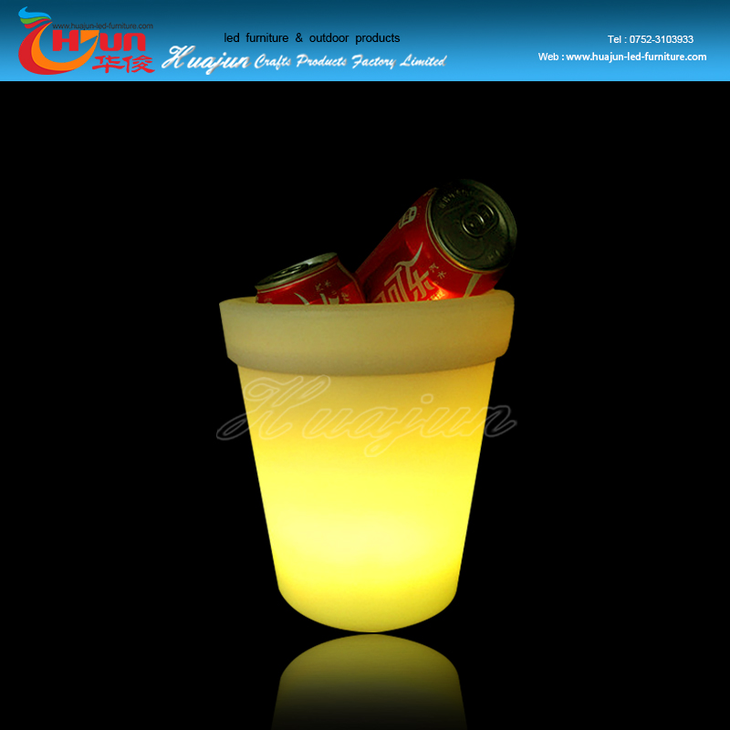 Hot selling bar furniture LED ice bucket with waterproof plastic and 16 color changeable