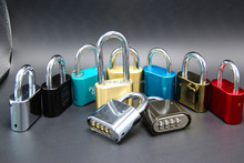 digit combination padlock