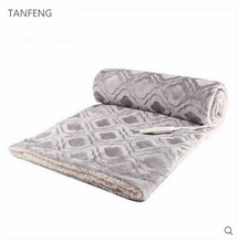 Wholesale Soft Electric Heating Polyester Throw Blanket For Winter In Home And Office