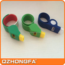New Fashion christmas gift wholesale slap band with whistle