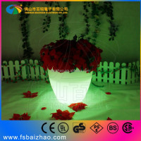 Waterproof IP67 PE plastic recharging glowing outdoor solar illuminated led planters