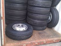 China tire and wheel package 11r22.5 +8.25*22.5