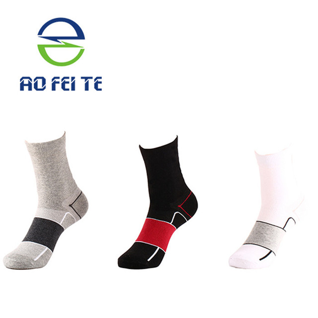 Women and men's breathable socks for running ,Climbing, Cycling, Cotton terry towel bottom sport socks