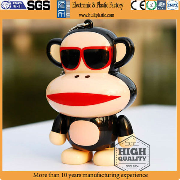 Cute monkey shaped 3d pvc keychain for kids