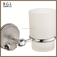 Hotel decorative Zinc alloy Chrome finishing Bathroom sanitary items Single tooth brush holder with glass cup