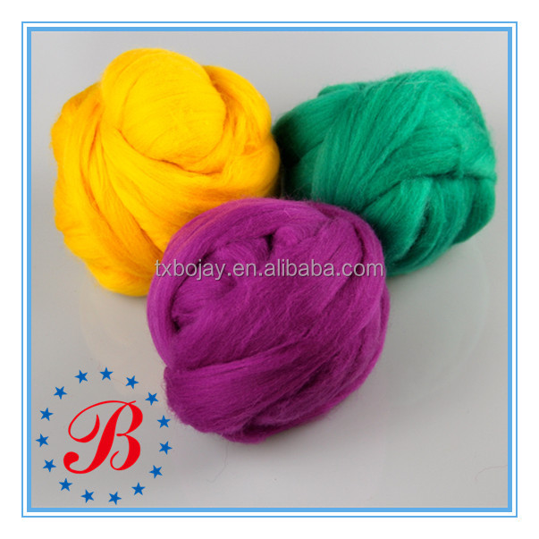Colors In Stock 100% Merino Wool Top Roving Raw white And Dyed Super Chunky Yarn For Arm Knitting