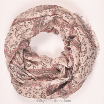 Hot polyester chequer& floral print infinity scarf with tassel