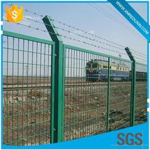 Secure field extensively used pvc coated wire mesh fence for boundary wall