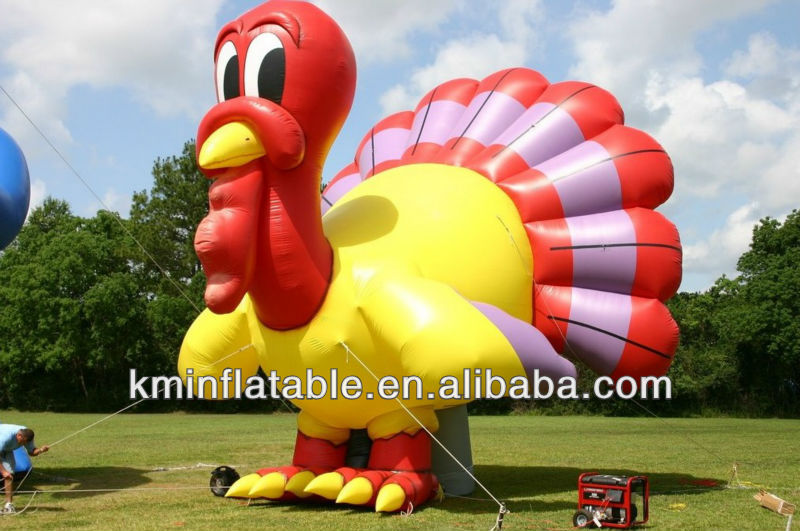 Giant pavo inflable