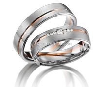 Fashion CZ Diamonds Stone Pave Stainless Steel Lovers Band Rose Gold plated Grooved Couples Wedding Promise Ring