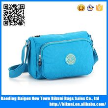 Hot selling vintage women messenger bag in China washed nylon bag