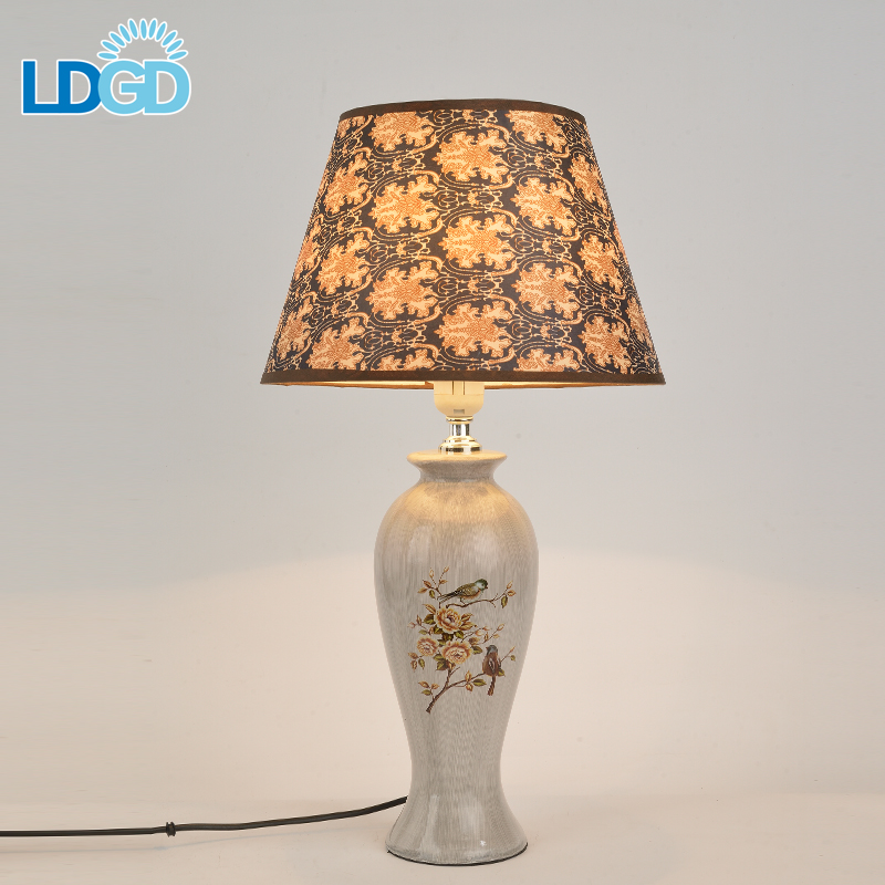 Langde Hot 12V Dc 3D Led 4 Port Usb American Style Antique Bamboo Bar Battery Operated Mini Table Lamp