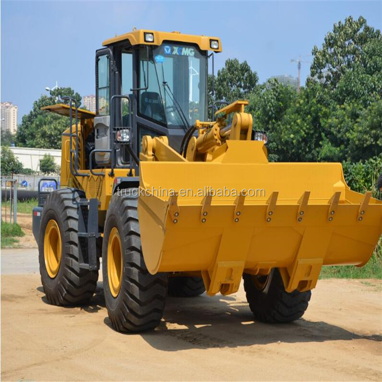XCMG 4 wheel drive mini tractor with front loader for sale