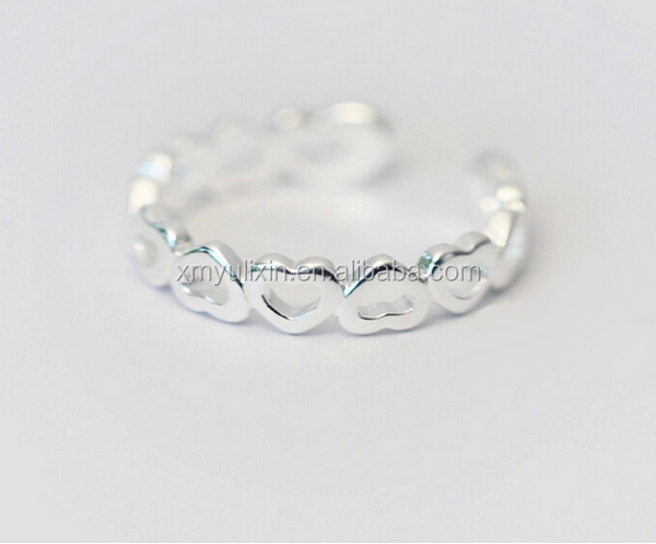 Classic design hollowed hearts silver ring