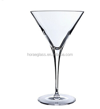 2017 New style personalized drinking cocktail glass /fancy martini glassware