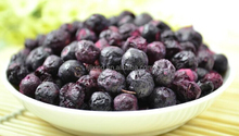 Dried snack Freeze-dried fruits of blueberry (whole berry) in bulk/small bags package