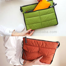 New Arrival Korea Fashion Storage Bag Clutch Handbag Digital Laptop Bag for Ipad 2013