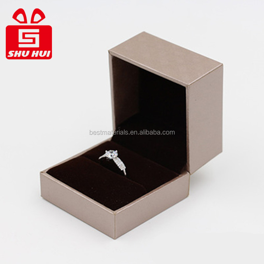 2016 gift set zinc alloy jewelry box/velvet crown round ring box for small glass ring box